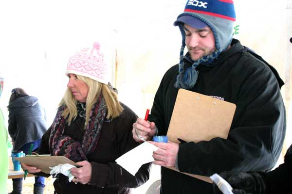 fish-creek-annual-smokin-hot-chili-cook-off-29th-annual-winter-festival-judges-4
